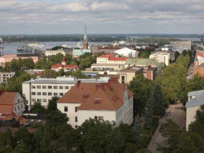 Lähes 2000 kaakkoissuomalaista taloyhtiötä saa mahdollisuuden vihreään sähköön